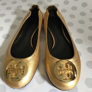 Girls gold Tory Burch flats shoes